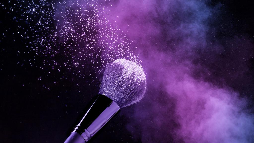 4 pincéis de maquiagem essenciais para iniciantes